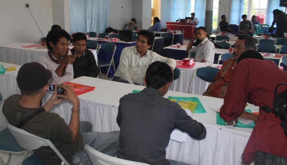 Konsultasi Publik RUU PPHMA Wilayah Maluku
