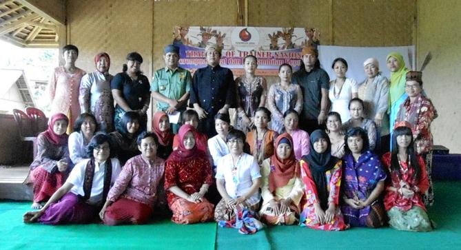 PEREMPUAN AMAN Sukses Gelar TOT Perempuan Adat