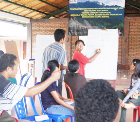 PW AMAN Nusa Bunga melakukan Pelatihan Pengorganisasian Masyarakat Adat