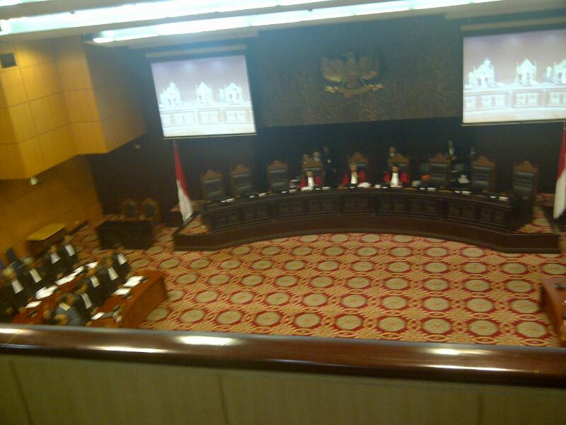 Perselisihan Hasil Pemilihan Umum Kepala Daerah dan Wakil Kepala Daerah Provinsi Maluku Utara Tahun 2013