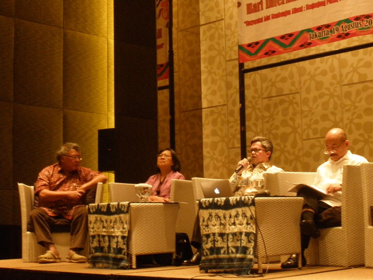 Diskusi Interaktif Hari International Masyarakat Adat Se-Dunia.