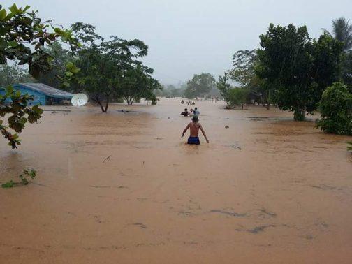 Banjir yang melanda Trans Kobe, saat-saat volume air semakin bertamba tinggi (Dok Ichan).