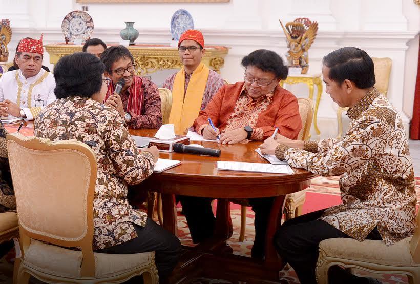 Pertemuan-Pengurus-Besar-AMAN-Presiden-Jokowi