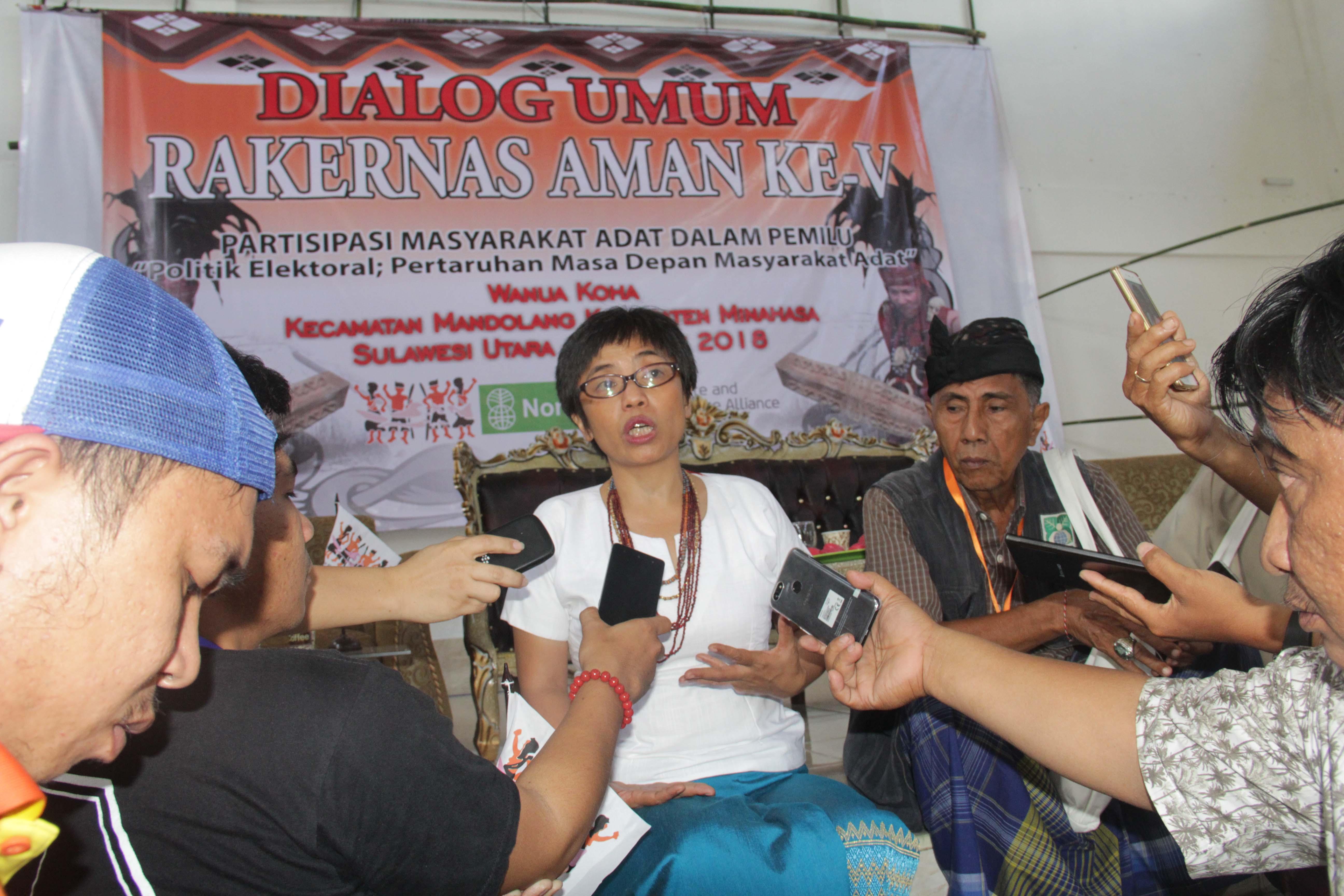 Sekjen AMAN, Rukka: Demokrasi ala Masyarakat Adat adalah Solusi
