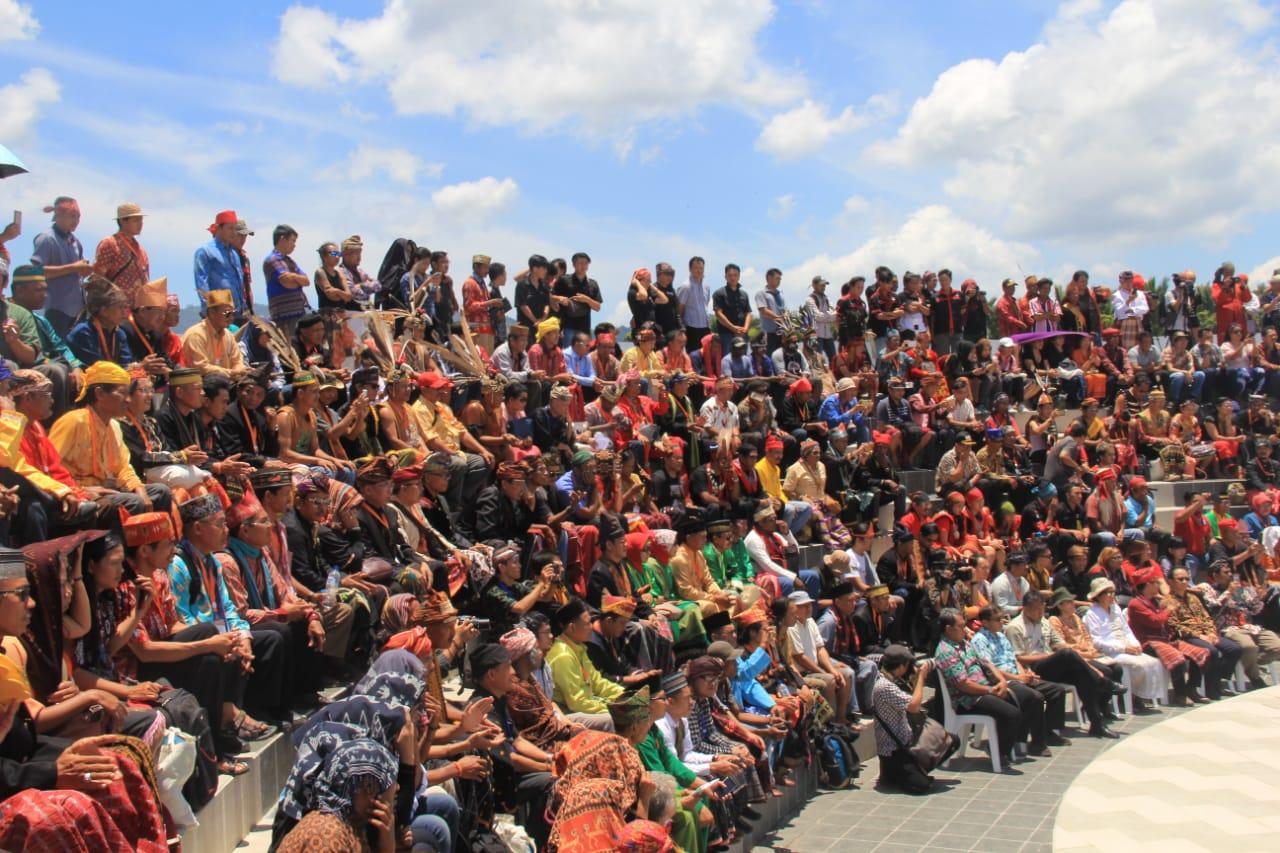 SIARAN PERS: RAKER BALEG DPR RI DAN PEMERINTAH BAHAS RUU MASYARAKAT ADAT