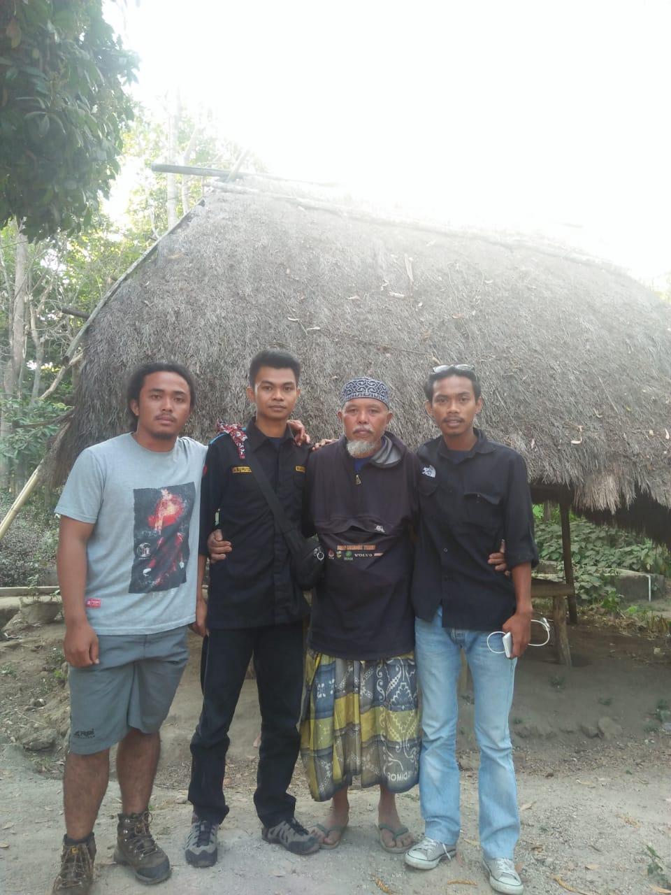 Pecinta Alam Indonesia: Belajar Kembali ke Kearifan Lokal