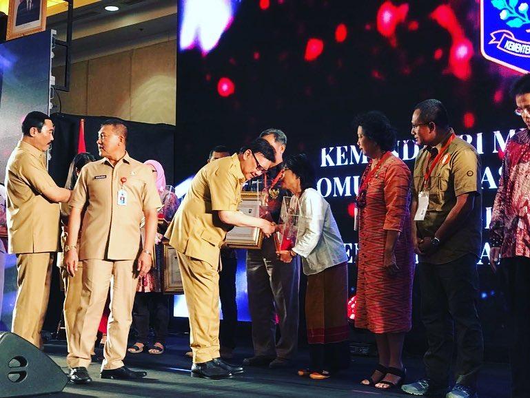 Menanti UU Masyarakat Adat, Mengapresiasi Penghargaan Ormas