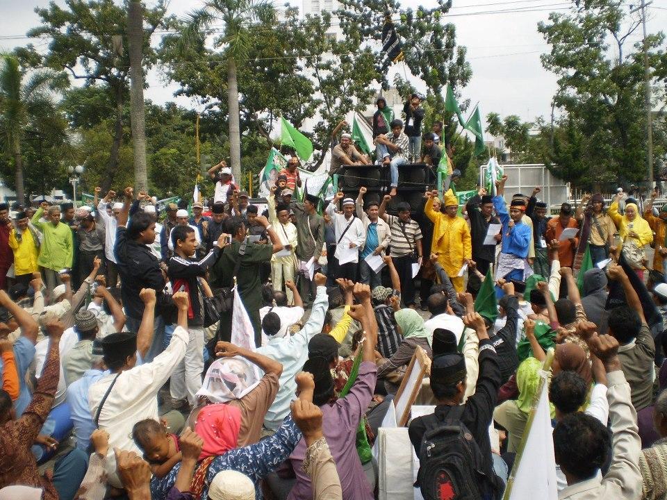Menuju Senayan demi RUU Masyarakat Adat dan Merebut Kembali Tanah Ulayat