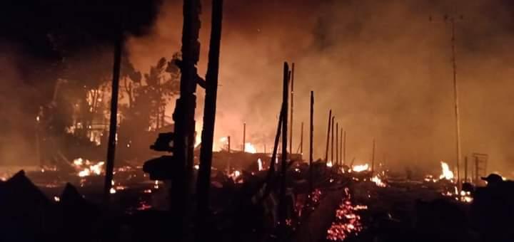 Kebakaran Menghanguskan Pemukiman Warga Komunitas Adat Lebu di Desa Mangkahui