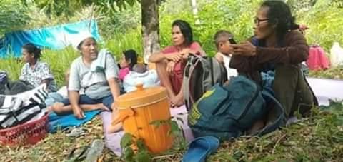 Gempa Maluku, Masyarakat Adat Mengungsi ke Hutan