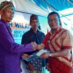 Pemerintah Kabupaten Enrekang Serahkan SK Bupati tentang Pengakuan Masyarakat Adat