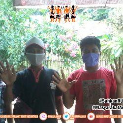 Gugus Tugas AMANkanCOVID19 Banggai Kepulauan Lakukan Pembagian Masker